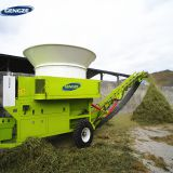 Tractor pto driven straw grass bale shredder corn silage grinding machine for cattle feed