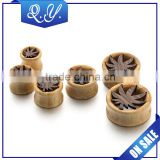 Men's Jewelry Leaf Design Double Sided Wooden Ear Expander Ear Stretcher China Wholesale