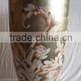luxury decorative lacquerware vase, finish in MOP, moving eggshell, background silverleaf champagne