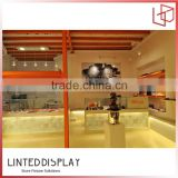 Custom counter top clear Acrylic chocolate display stand/custom chocolate display rack for retail shop/clear acrylic plate displ