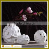 white ball shape small hotel decor home use ceramics vase for wholesale