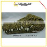 Resin garden crocodile design of floating items