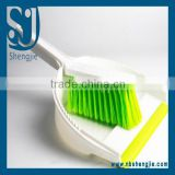 Trade assurance Glitzy Dustpan & Brush Set With Shinning Jewels Diamante Dust Pan and Brush