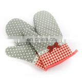 Professional kitchen accessories dotted cotton oven glove