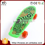 OEM 40kgs OEM PVC Wheels Fish Shape Skateboard for Kids