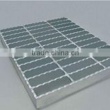 High Quality Hot Dip Galvanized Serrated Galvanized Grating/Steel Grid Mesh