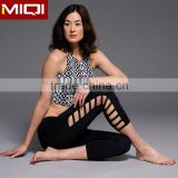 Fashion elastic fitness yoga wear wholesale cheap women compression tights in 3/4 length