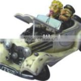 Polyresin cream cartoon car model with lover