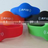 Best selling products LF 125kHz/HF 13.56MHz RFID chip silicon wristband silicone bracelet with logo