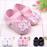 2016 pink toddler shoes with adorable flower decorate baby rubber shoes                                                                         Quality Choice