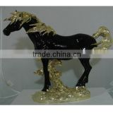 Jade Horse Sculpture Polyresin Animal Statue                                                                         Quality Choice