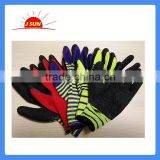 13G polyester shell latex palm coating gloves, crinkle finish,breathable and comfortable