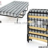 China Factory Hotel Home Single Folding Bed with Wood Slats