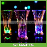 New cheap light up led flash whisky cup glasses , colorful LED flashing cup plastic water cup
