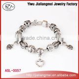 Wholesale European Heart Design Charm Hand Jewelry With Bead Fit Charm Bracelet For Women