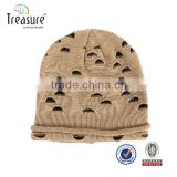 custom promotional knitting emboridery hat with beanie hat with two balls