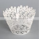 Paper cut crafts for christmas and wedding chocolate cupcake stand wrappers