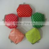 Promotional stylish printed poko dot clasp small silk/PVC backing coin purse with cheap price for girls