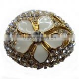 "Newest Development ""Smiling Flower"" Alloy Casting Ring With Bling Small Stones"