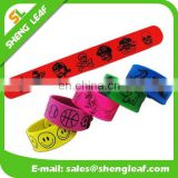 China manufacture made silicone slap band