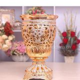I'm very interested in the message 'fashion Roman-style Israel ceramic vase home decor 01275' on the China Supplier