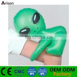 Factory PVC inflatable alien hug toy inflatable alien arm hug doll for children