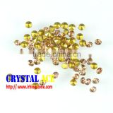 China Bulk wholesale chaton stones, Peach color machine cut gems pointed back, foiled back glass rhinestones for decorating