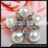 Baroque pearl brooch 5 pearls flower shape with CZ stone