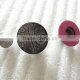 High and Fashion Buttons Manufacturer all types of fashion designer clothing craft buttons