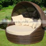 2017 Trade Assurance Hot Sale outdoor pe rattan resin wicker waterproof daybed with canopy