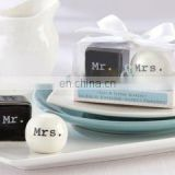 2012 new design Mr & Mrs salt and pepper shaker