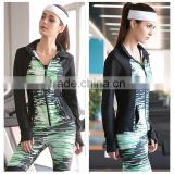 (OEM/ODM Factory)2016 OEM factory direct wholesale clothing camo thumb button jacket Fitness women sportswear