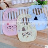 2017 Baby Bib Newborn Waterproof Bib Cartoon cat images Children infant saliva towels lovely girl boy towel Baberos Bebes