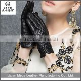 Wholesale low price high quality black tight sheep leather gloves with check pattens
