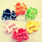 Beautiful new style fantastic decoration plastic hair clips plastic injestion mold