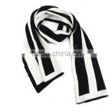 Unisex Black and white Striped heavy knit scarf