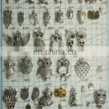 Small Owl Charms Two Color Vintage Metal Zinc Alloy Jewel Trendy Animals Pendant for Jewelry