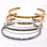 Wholesale Dubai Jewelry Latest Models Ladies Simple Engraved Bangles And 18K Plated New Gold Bracelets