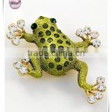 Gold Tone / Clear & Olivine Rhinestone / Light Green Painted / Lead&nickel Compliant / Animal / Frog Brooch