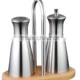 Pepper mill and Salt shaker set with shelf