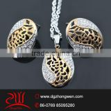 fashon 316l stainless steel stamped crystal jewelry set hot sale