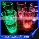 Small size liquid activated flashing glass with imitated ice
