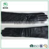 Fashion Black Long Sleeve Leather Gloves for Women with Fake Silk Lining (2015 New Style)