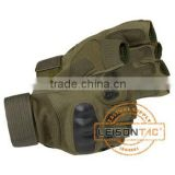 Tactical Gloves adopts excellent fiber and leather material and the palm and finger is made of breathable material