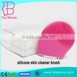 oem Professional vibrating silicone face brush ultrasonic facial cleansing massager for face lift