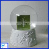resin snow globe with rectangle shape band