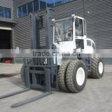 SZMC6000 rough terrain forklift with automatic transimission, high mast, bale clamp
