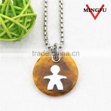 2015 fashion man shape amber necklace