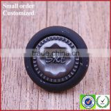 Decorative tow part metal gun with palstic bulk embossed black jeans buttons
