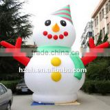 Giant Inflatable Snowman with Both Hands for Christmas Decoration